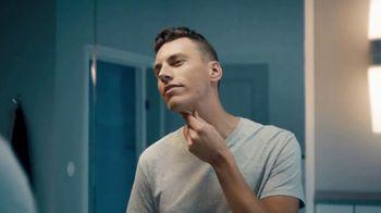 Gillette SkinGuard TV Spot, 'A Razor Just for Men' - Thumbnail 9