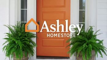 Ashley HomeStore Presidents Day Sale TV Spot, 'Free Gift' Song by Midnight Riot - Thumbnail 1