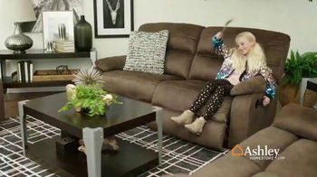 Ashley HomeStore Presidents Day Sale TV Spot, 'Final Week: Sofas & Beds' Song by Midnight Riot