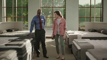 Havertys Presidents Day Mattress Sale TV Spot, 'Free Box Spring' - Thumbnail 5
