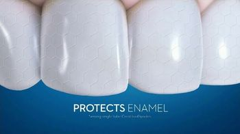 Crest 3D White Whitening Therapy TV Spot, 'Whitens and Protects: Charcoal or Coconut Oil' - Thumbnail 9