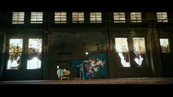 2019 Ford Escape TV Spot, 'Born to Roll: Artist Georgie Nakima' [T2] - Thumbnail 6