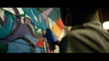 2019 Ford Escape TV Spot, 'Born to Roll: Artist Georgie Nakima' [T2] - Thumbnail 7