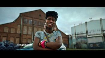 2019 Ford Escape TV Spot, 'Born to Roll: Artist Georgie Nakima' [T2] - Thumbnail 8