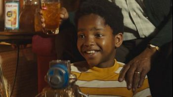 Lipton TV Spot, 'America's Family Favorite'