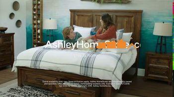 Ashley HomeStore Anniversary Mattress Sale TV Spot, 'Final Week: King for a Queen' - Thumbnail 10