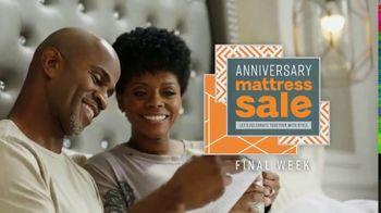 Ashley HomeStore Anniversary Mattress Sale TV Spot, 'Final Week: King for a Queen' - Thumbnail 3