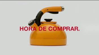 Macy's TV Spot, 'Hora de comprar: juegos de sábanas y mezcladoras y accesorios' [Spanish] - Thumbnail 2