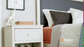 Ashley HomeStore Anniversary Sale TV Spot, 'Going On Now: Furniture' - Thumbnail 9