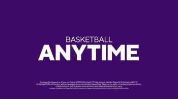Metro by T-Mobile TV Spot, 'Basketball Giraffes' Song by Usher - Thumbnail 8