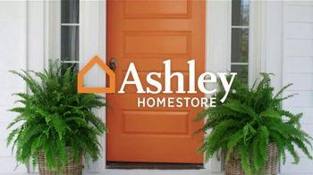 Ashley HomeStore Best of the Best TV Spot, 'Woodanville Table' - Thumbnail 1