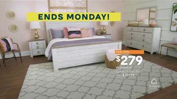 Ashley HomeStore Best of the Best TV Spot, 'Woodanville Table' - Thumbnail 8