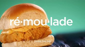 White Castle Seafood Crab Cake Slider TV Spot, 'Holy Creole' - Thumbnail 4