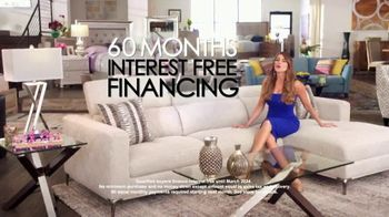 Rooms to Go Anniversary Sale TV Spot, 'Once a Year Sexy' Featuring Sofia Vergara, Cindy Crawford - Thumbnail 5