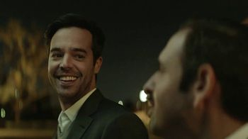 AT&T Wireless TV Spot, 'OK: Trio' [Spanish] - Thumbnail 4