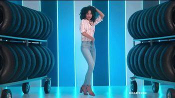 Old Navy Rockstar TV Spot, 'Diversión' canción de Kaskade [Spanish] - Thumbnail 2