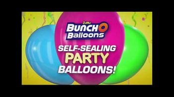 Zuru Bunch O Balloons Self-Sealing Party Balloons TV Spot, 'Parties, Celebrations or Baby Showers' - Thumbnail 3