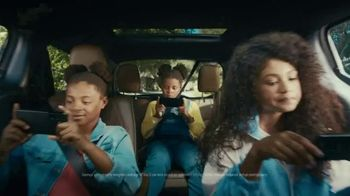 XFINITY Mobile TV Spot, 'There You Have It' Featuring Becky G - Thumbnail 6