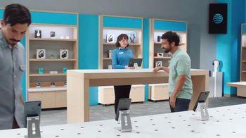 AT&T Wireless TV Spot, 'Best Deals + Samsung Galaxy Z Fold3 5G' [Spanish] - Thumbnail 1