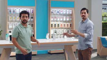 AT&T Wireless TV Spot, 'Best Deals + Samsung Galaxy Z Fold3 5G' [Spanish] - Thumbnail 4