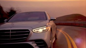 2021 Mercedes-Benz S-Class TV Spot, 'Take Me to the Movies' [T1] - Thumbnail 8