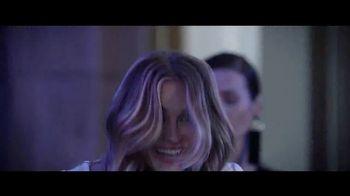 Lancôme Paris La Vie Est Belle Soleil Cristal TV Spot, 'Brilla' con Julia Roberts, canción de Josef Salvat [Spanish] - Thumbnail 2