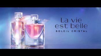 Lancôme Paris La Vie Est Belle Soleil Cristal TV Spot, 'Brilla' con Julia Roberts, canción de Josef Salvat [Spanish] - Thumbnail 7