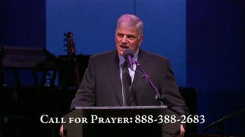 Billy Graham Evangelistic Association TV Spot, 'Power of the Gospel' Featuring Franklin Graham - Thumbnail 5