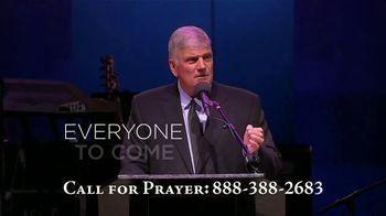 Billy Graham Evangelistic Association TV Spot, 'Power of the Gospel' Featuring Franklin Graham - Thumbnail 7