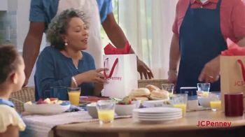 JCPenney Venta para Amigos y Familiares TV Spot, 'Celebra a mamá' [Spanish] - Thumbnail 7