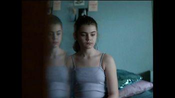 Dove Self Esteem Project TV Spot, 'Reverse Selfie'