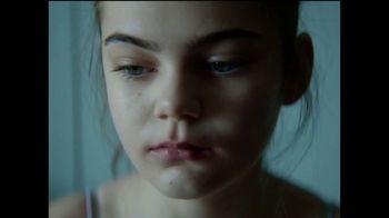 Dove Self Esteem Project TV Spot, 'Reverse Selfie' - Thumbnail 7
