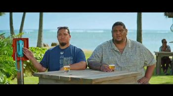 Kona Brewing Company TV Spot, 'Bullpen Phone' - Thumbnail 4