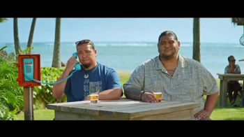Kona Brewing Company TV Spot, 'Bullpen Phone' - Thumbnail 6