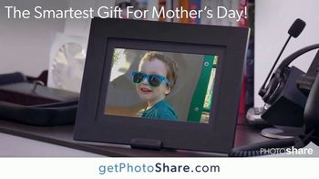 Simply Smart Home PhotoShare Digital Frame TV Spot, 'Mother's Day: Stay Connected: $65 Off' - Thumbnail 1