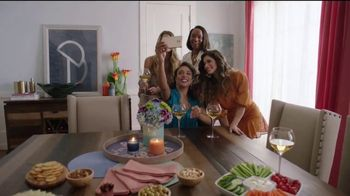 Rooms to Go TV Spot, 'Muebles nuevos' [Spanish] - Thumbnail 1