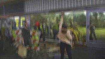 Naked TV Spot, 'Sidewalk' - Thumbnail 5