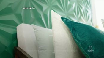 Ashley HomeStore TV Spot, 'Lowest Prices of the Season: Queen Bed and Save $1,000' - Thumbnail 5