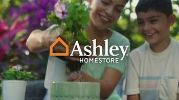 Ashley HomeStore TV Spot, 'Lowest Prices of the Season: Sofa and Dining Set' - Thumbnail 1