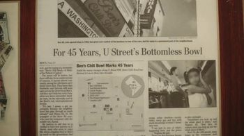 Google TV Spot, 'Restaurants Near Me: Ben's Chili Bowl' - Thumbnail 4