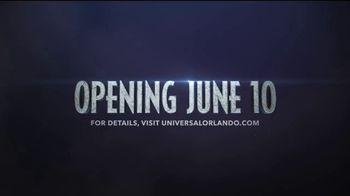 Universal Orlando Resort VelociCoaster TV Spot, 'Apex Predator of Coasters' - Thumbnail 10