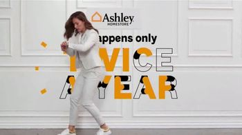 Ashley HomeStore Semi-Annual Sale TV Spot, 'Twice a Year: 40% to 60% Off' - Thumbnail 2
