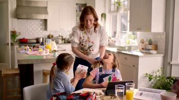 Macy's Friends & Family TV Spot, 'Perfect Gift for Mom' - Thumbnail 6