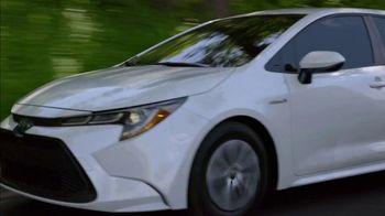 Toyota Corolla Hybrid TV Spot, 'Dear Experts' [T1] - Thumbnail 1