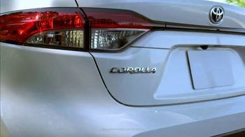 Toyota Corolla Hybrid TV Spot, 'Dear Experts' [T1] - Thumbnail 2