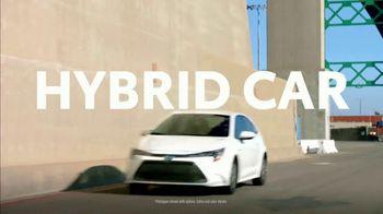 Toyota Corolla Hybrid TV Spot, 'Dear Experts' [T1] - Thumbnail 4