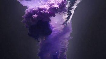 Apple iPhone 12 TV Spot, 'Mmmmm, Purple' Song by Aubrey Woods - Thumbnail 2