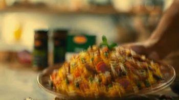 Shan Foods Biryani TV Spot, 'Living on the Veg: Soya Veg Biryani' - Thumbnail 9