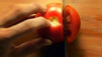 Shan Foods Achar Gosht TV Spot, 'Living on the Veg: Achari Daal' - Thumbnail 6