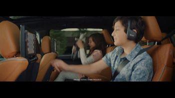 Chrysler Pacifica Family Pricing TV Spot, 'Split Second'  [T2]